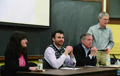 Panel discusses pros and cons of divesting from fossil fuels