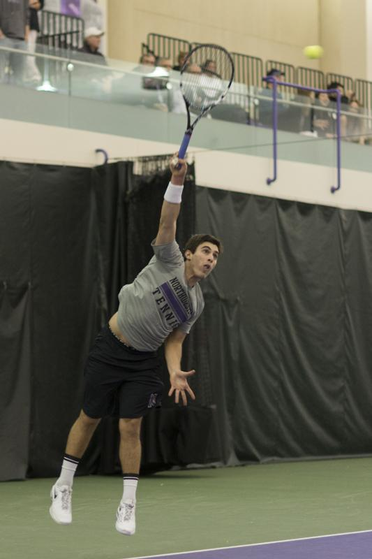 Senior+Raleigh+Smith%2C+who+has+never+beaten+Illinois%2C+serves.+The+Fighting+Illini+have+three+singles+players+ranked+in+the+nation%E2%80%99s+top+33+and+the+No.+4-ranked+doubles+squad.+