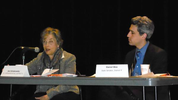 U.S. Rep. Jan Schakowsky (D-Ill.) answered questions about mental health care Friday morning with state Sen. Daniel Biss (D-Evanston). Turning Point, a mental health center in Skokie, hosted local and national politicians for a discussion about pressing health issues in the community.