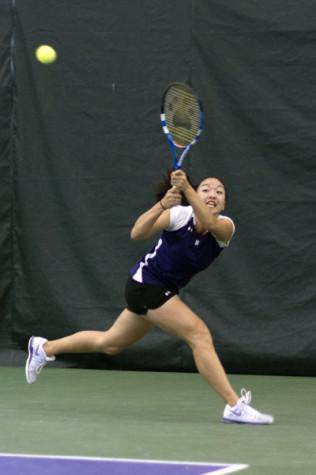 Women's Tennis: Niu leads Wildcats to marathon win over Boilermakers