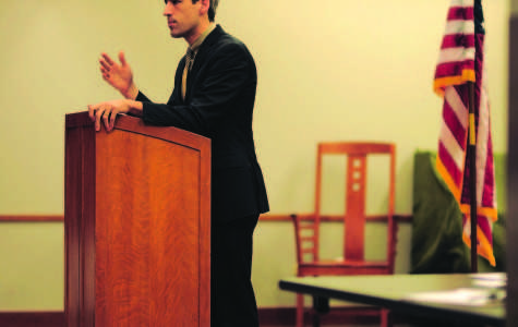 Biss discusses state income tax, pension funding at Evanston town hall