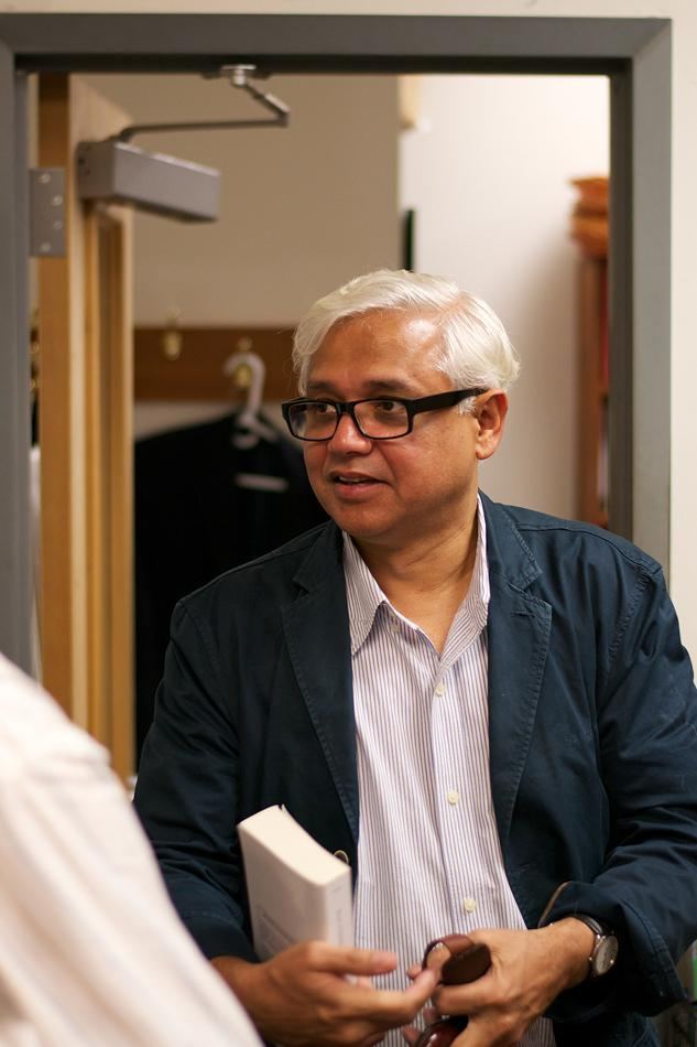 Amitav+Ghosh+will+visit+Northwestern+for+two+weeks+to+teach+undergraduate+and+graduate+students+and+to+deliver+two+lectures.+He+has+written+several+novels+and+is+working+on+the+third+in+his+%E2%80%9CIbis+Trilogy.%E2%80%9D