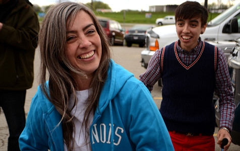 Jennifer Del Prete smiles minutes after being released from prison Wednesday afternoon more than 10 years before her scheduled parole. Del Prete's first stop was Cracker Barrel for dinner with her daughter Tia (right), other members of her family and The Medill Justice Project.