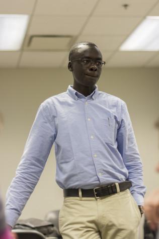 Darfur refugee Guy Josif speaks at Northwestern