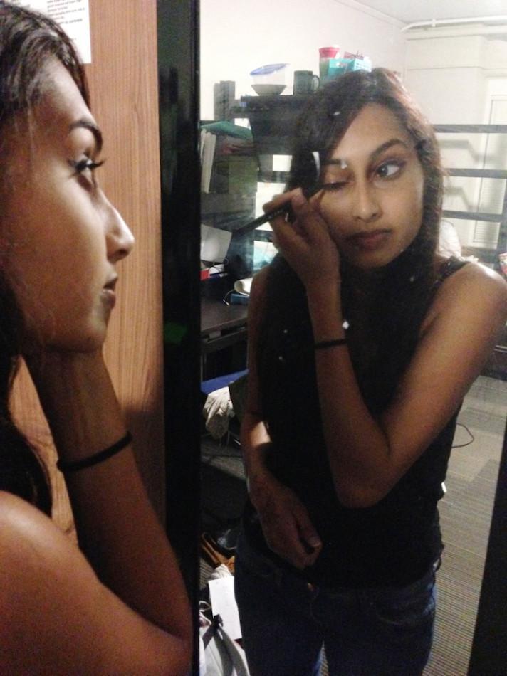Makeup+Mavericks%3A+Communication+freshman+Nikita+Kulkarni