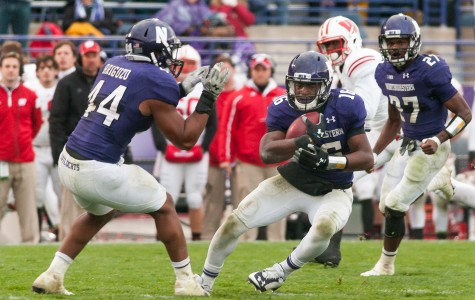 Football: Igwebuike, Jackson lead Northwestern over No. 17 Wisconsin