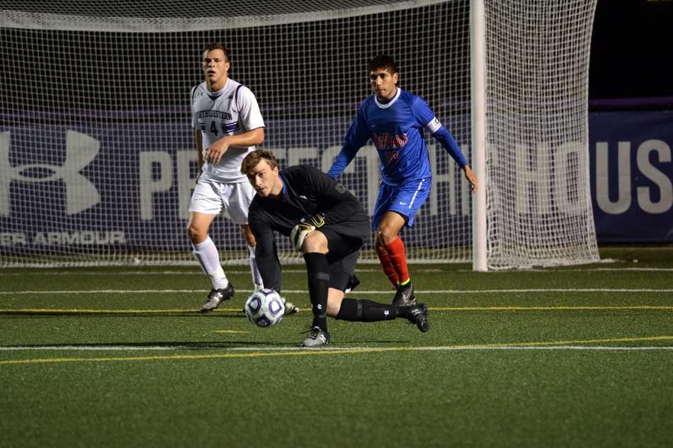 Despite three impressive saves from Northwestern senior goalkeeper Tyler Miller, the Wildcats lost 1-0 to No. 9 Notre Dame on Tuesday.