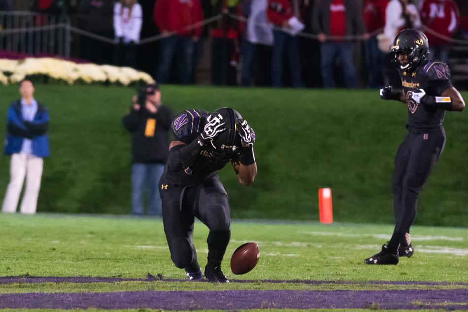 Freshman linebacker Anthony Walker and Northwestern have seen better days. The Wildcats have lost two straight games entering their matchup with Iowa this weekend.