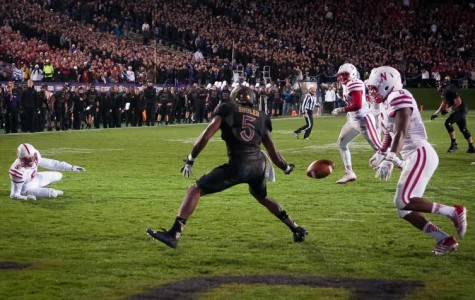 Football: Ameer Abdullah, Nebraska run away from Northwestern in second half