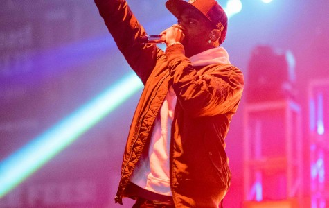 Big Sean performs Friday night at Welsh-Ryan Arena. Student DJ Anleu and indie duo MS MR opened for the rapper at A&O's annual Blowout.