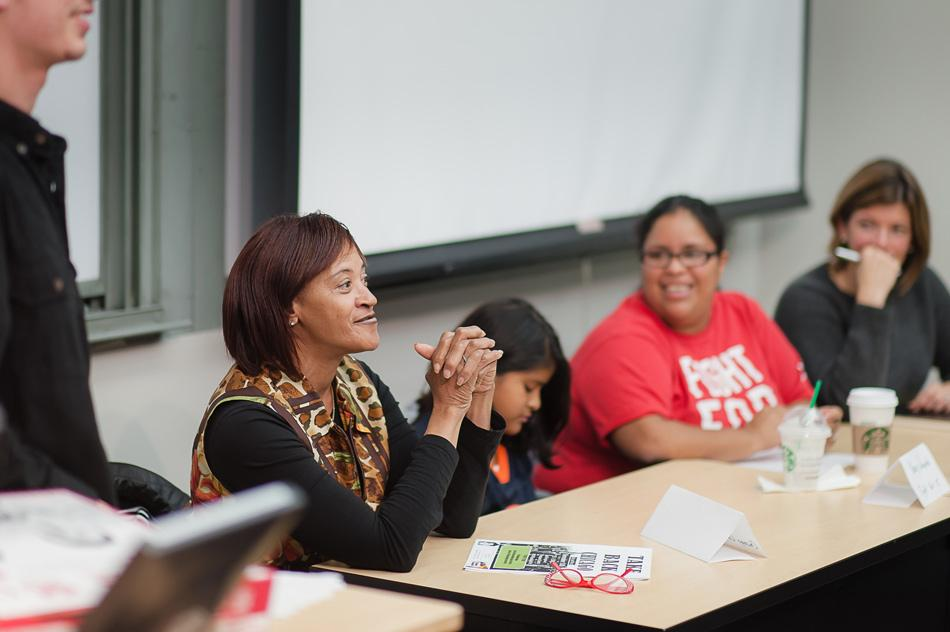 Gloria Davis, an activist with the Chicago Coalition for the Homeless, speaks Wednesday at a panel on minimum wage in University Hall. The discussion took place days before citizens will vote on an advisory referendum to increase the Illinois minimum wage to $10 an hour.