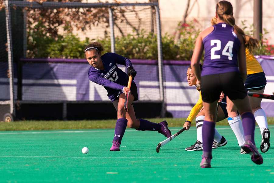 Sophomore+Isabel+Flens+scored+Northwestern%E2%80%99s+first+goal+in+the+team%E2%80%99s+2-1+win+over+Iowa+on+Thursday.+The+Wildcats+play+Michigan+next+in+the+Big+Ten+semifinals.+