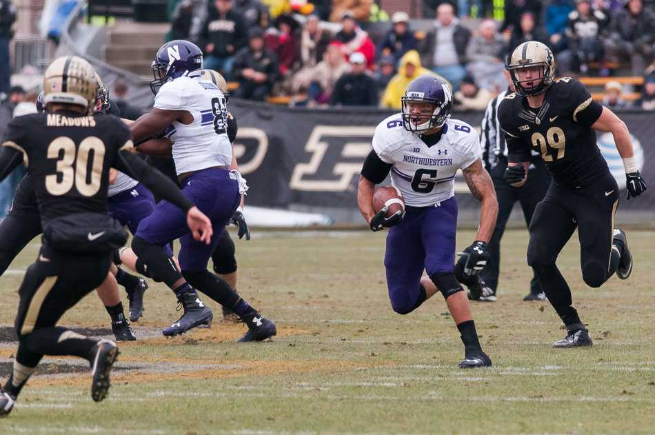 Senior Tony Jones returns a punt 64 yards for a touchdown in the second quarter Saturday. The return was Northwestern's first special teams touchdown since 2012.