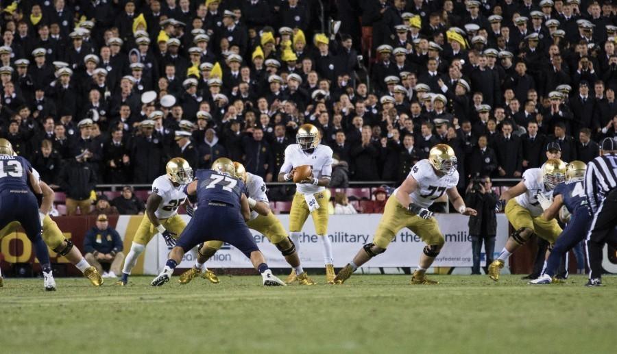Notre+Dame+quarterback+Everett+Golson+drops+back+to+pass+during+the+team%E2%80%99s+Nov.+1+game+against+Navy.+The+senior+has+completed+61.7+percent+of+his+passes+for+8.25+yards+per+attempt+this+season.