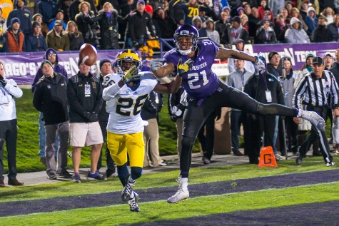 Football: Wildcats' loss defined by comedy of errors