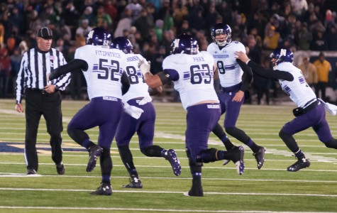 Football: Northwestern defeats Notre Dame in overtime with game-winning field goal