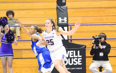 Women's Basketball: Wildcats cruise through weekend slate, open season 2-0