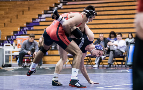 Wrestling: Wisconsin shuts down Northwestern for Wildcats' second Big Ten defeat