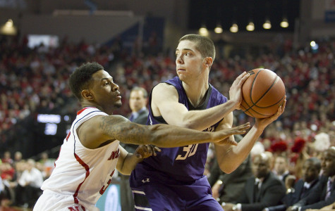 Men's Basketball: Wildcats can't find rhythm in road loss to Cornhuskers