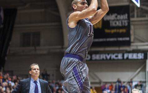 Men's Basketball: Northwestern romps to third straight win, blows out Penn State