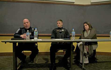 University Police sergeant Steve Stoeckl, Evanston police officer Scott Sengenberger and student conduct and conflict resolution director Tara Sullivan discuss drug policy and police jurisdiction. Students for Sensible Drug Policy hosted the panel to educate students on their rights with law enforcement and to clarify misconceptions.