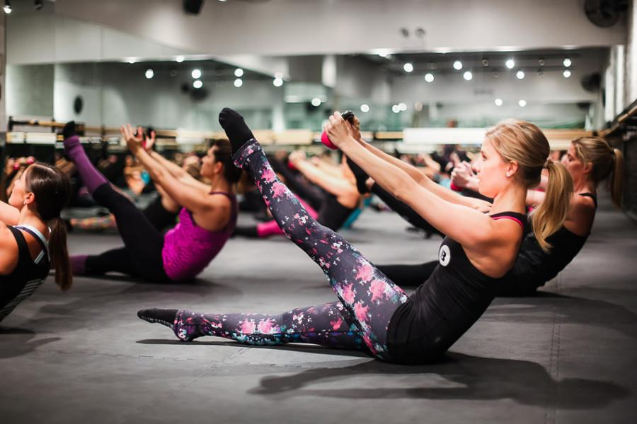 Customers+practice+conditioning+and+strength+exercises+at+The+Barre+Code.+The+new+fitness+studio+opened+Feb.+27+and+joins+Pure+Barre+and+Fit+Girl+Studio+in+offering+barre+classes+in+Evanston.+