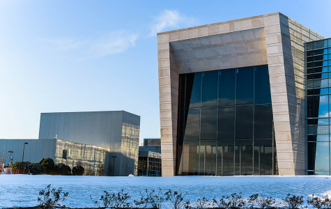 Northwestern's new Music and Communication Building holds first classes