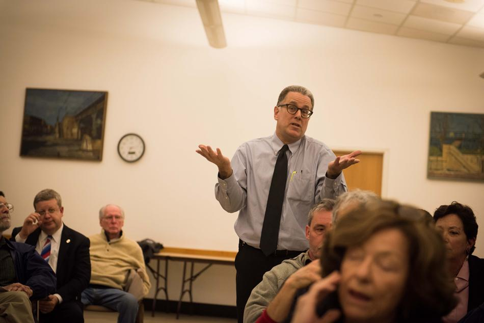 Dan Coyne, one of four 9th ward alderman hopefuls, addresses the crowd Wednesday at a forum hosted by mayor Elizabeth Tisdahl. Tisdahl called the meeting to gather public opinion before replacing Ald. Coleen Burrus (9th), who will leave her position April 24.