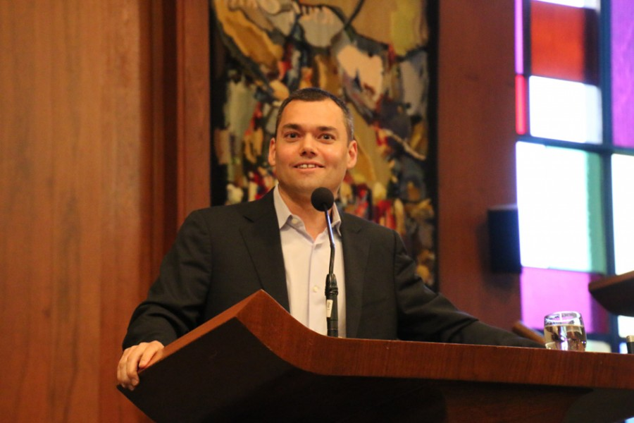 Peter Beinart spoke to a crowd of about 100 at the Beth Emet synagogue Thursday evening. He primarily discussed the role of American Jews in the future of the Israeli-Palestinian conflict.