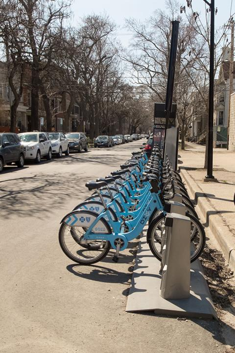 Eight+Divvy+bike+stations+will+open+in+Evanston+in+spring+2016.+Bikers+will+be+able+to+purchase+a+%2475+annual+membership+or+a+24-hour+pass+for+%247.