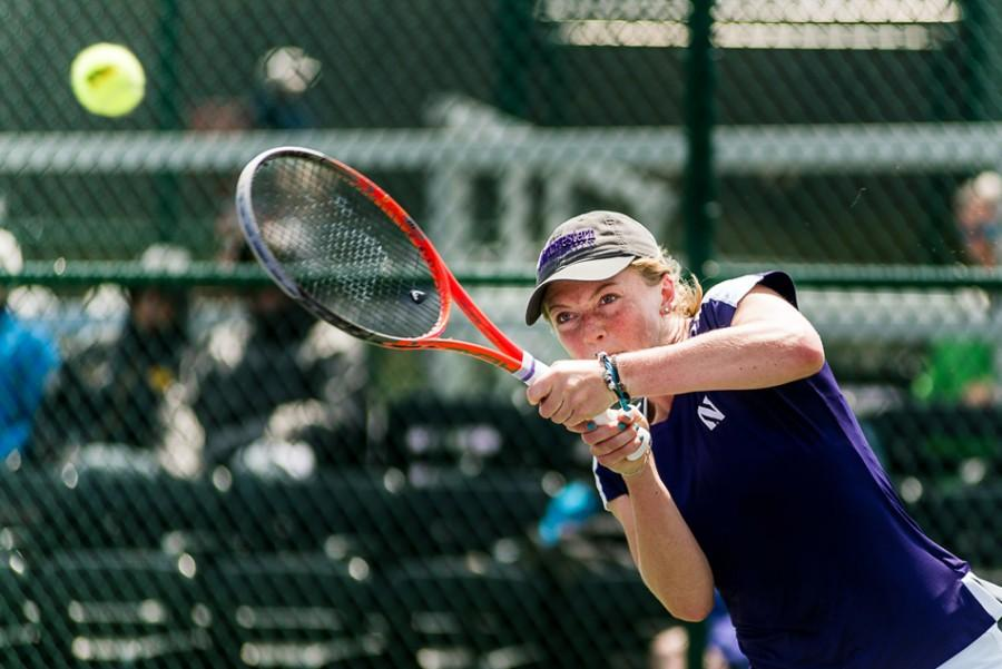 Junior+Alicia+Barnett+stretches+out+to+reach+the+ball.+The+No.+1+singles+player+for+Northwestern+wasn%E2%80%99t+able+to+carry+her+team+past+a+talented+UCLA+squad.