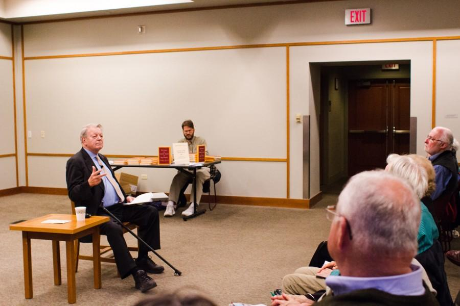 Author Garry Wills discusses the disparity between the Catholic Church's conservatism and its constituents' increasingly liberal beliefs. He spoke about his new book, which covers this topic, as part of the Evanston Literary Festival on Wednesday night.