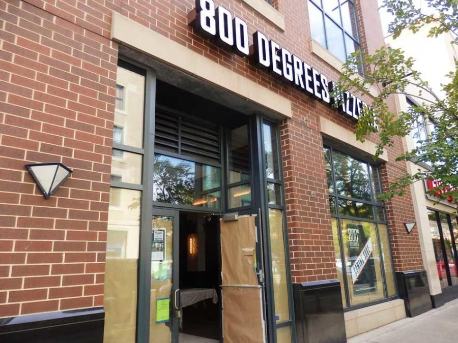 New pizza shop 800 Degrees Neapolitan Pizzeria, with a make-your-own, assembly-line style, is coming to Evanston next month. The restaurant is opening on Oct. 9 at 812 Church St.