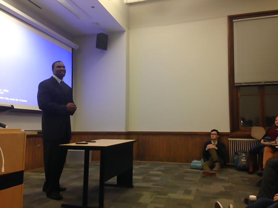 State Sen. Napoleon Harris speaks about his Northwestern football experience and encourages students to join his campaign for U.S. Senate. Harris surprised College Democrats with a visit at their first meeting of the year Tuesday night.
