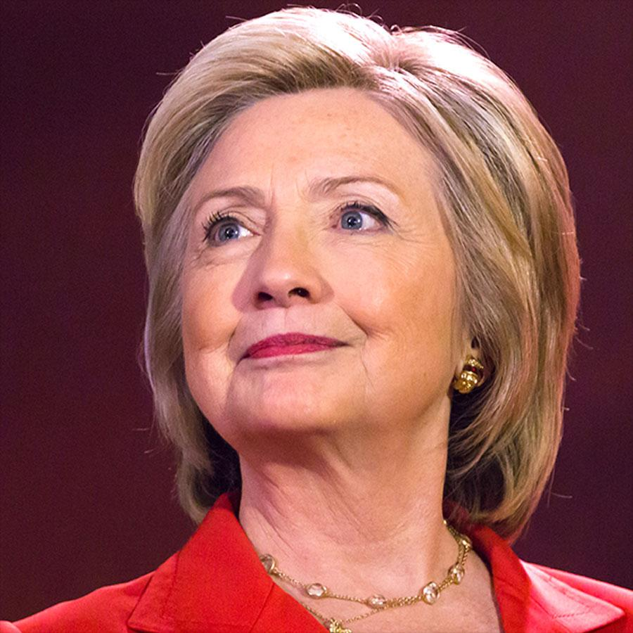 Hillary Rodham Clinton will appear in Evanston next month for a campaign fundraiser. The Nov. 2 event will be hosted at an Evanston home with tickets priced at $2,700 per person.