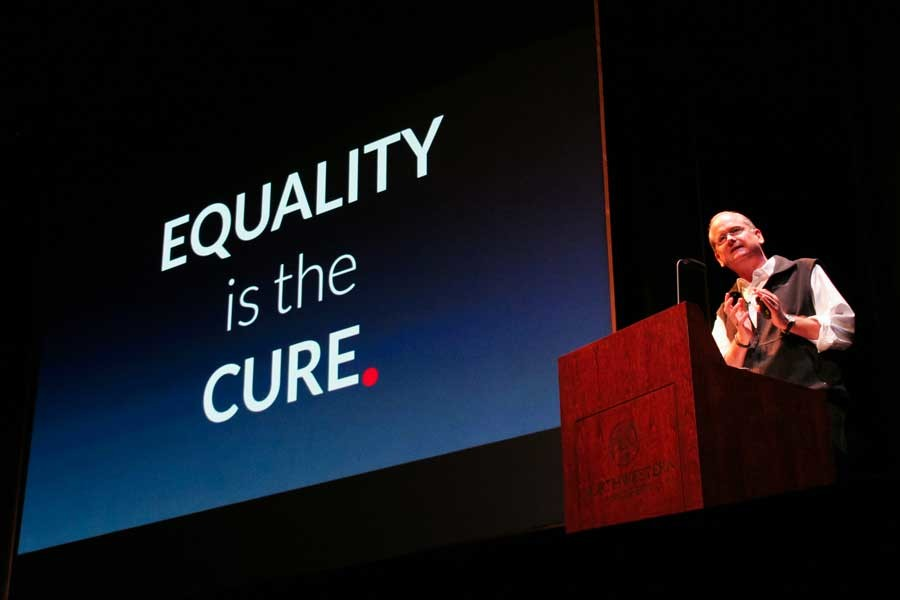 Lawrence+Lessig+presents+his+platform+to+reform+campaign+finances+during+a+speech+at+Cahn+Auditorium+on+Saturday.+The+Democratic+presidential+candidate+visited+Northwestern+as+part+of+the+Chicago+Humanities+Festival+and+discussed+the+urgency+of+monetary+campaign+reform.
