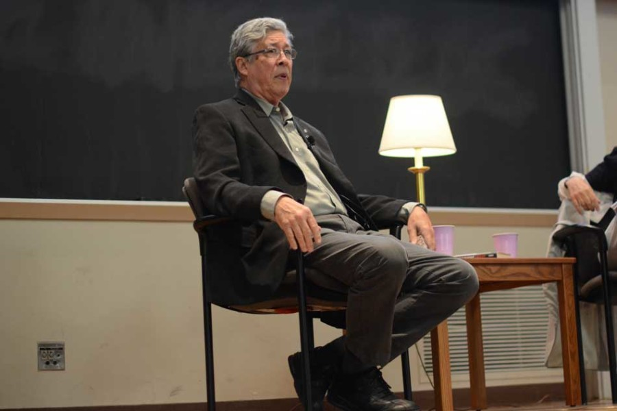 Author+Thomas+King%2C+who+wrote+this+year%E2%80%99s+One+Book+One+Northwestern+selection%2C+speaks+at+Fisk+Hall+on+Wednesday.+King+took+questions+from+the+audience+and+from+Medill+Prof.+Loren+Ghiglione%2C+who+moderated+the+event.
