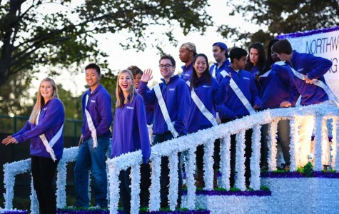 NU commemorates 20th anniversary of Rose Bowl appearance with annual Homecoming parade