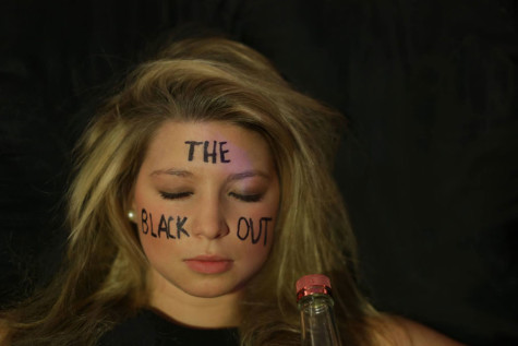 """""""The Blackout"""" introduces new late night variety show to comedy scene"""