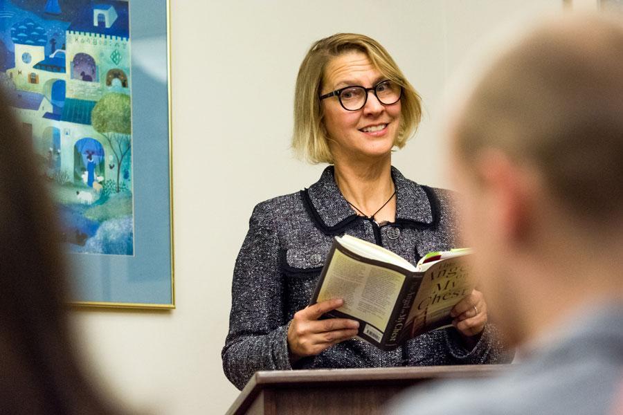 Author/nu >> Author, NU alum Leslie Pietrzyk explores grief, loss at