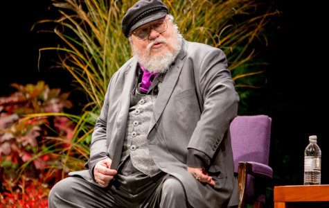 Author George R.R. Martin speaks, accepts Hall of Achievement award