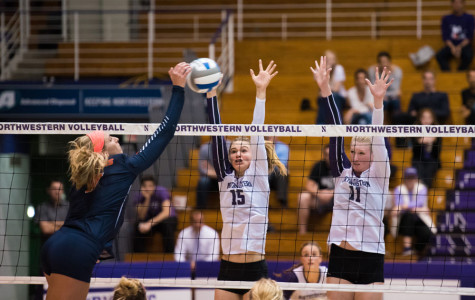 Volleyball: Northwestern pushes No. 18 Illinois to five sets in loss