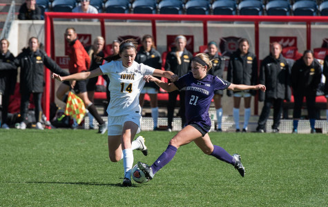 Women's Soccer: Wildcats fall to West Virginia 4-0 in NCAA Tournament
