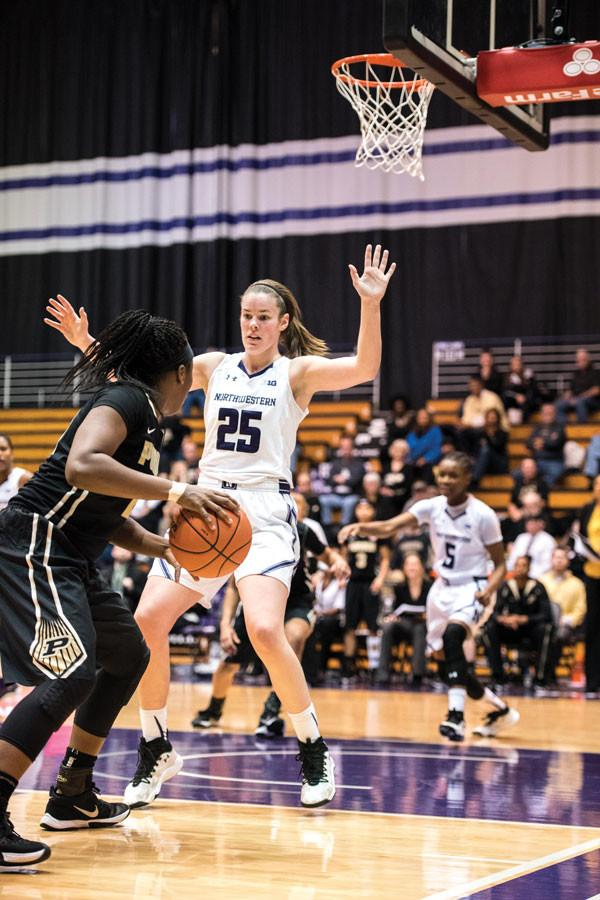 Maggie Lyon cuts off a ball handler. The senior guard shot just 1-for-6 from 3, one of many Cats to struggle with her shot as the team shot 3-for-26 from distance against the Spartans.