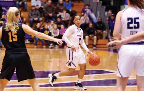 Women's Basketball: Northwestern crumbles late again in loss to Iowa, drops fifth straight