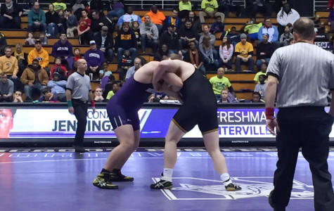Wrestling: Northwestern shut out for first time since 2010