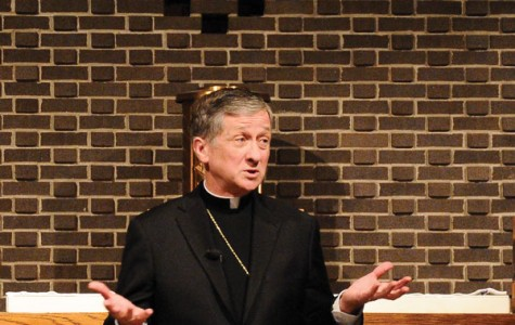 Archbishop Cupich visits Sheil, praises Pope Francis' personable qualities