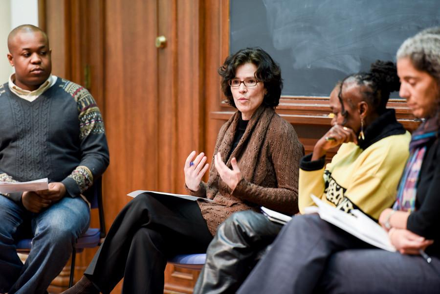 Martha+Biondi+discusses+the+role+police+brutality+plays+in+mass+incarceration.+Biondi+spoke+as+part+of+a+panel+hosted+by+Unshackle+NU.