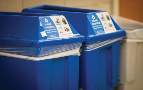 Recycling bins in Technological Institute display the new mixed recycling label. The Office of Sustainability announced Monday that it will switch from separated to mixed recycling in an effort to reduce the waste Northwestern sends to landfills.