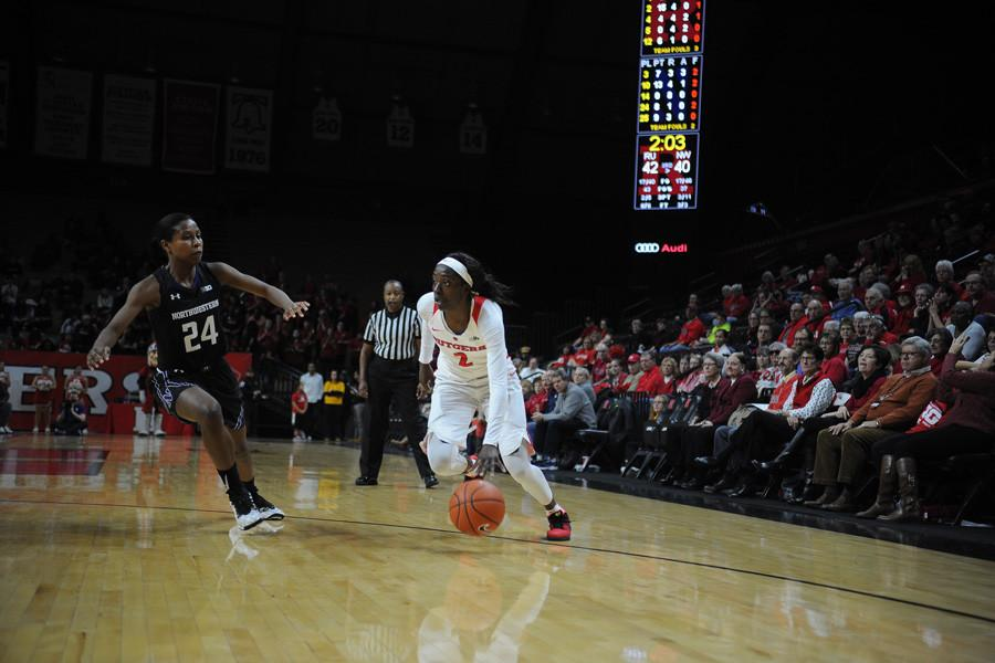 Rutgers%E2%80%99+Kahleah+Copper+attacks+off+the+dribble.+The+forward+combined+with+Rutgers+guard+Tyler+Scaife+to+power+the+Scarlet+Knights+to+a+win+down+the+stretch.